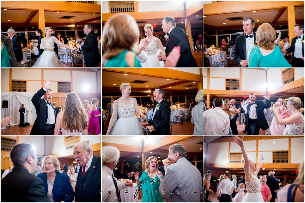 Winterthur Museum Wedding capture by the best Cinnaminson Wedding Photographers - Carie+Kevin Wedding Photos