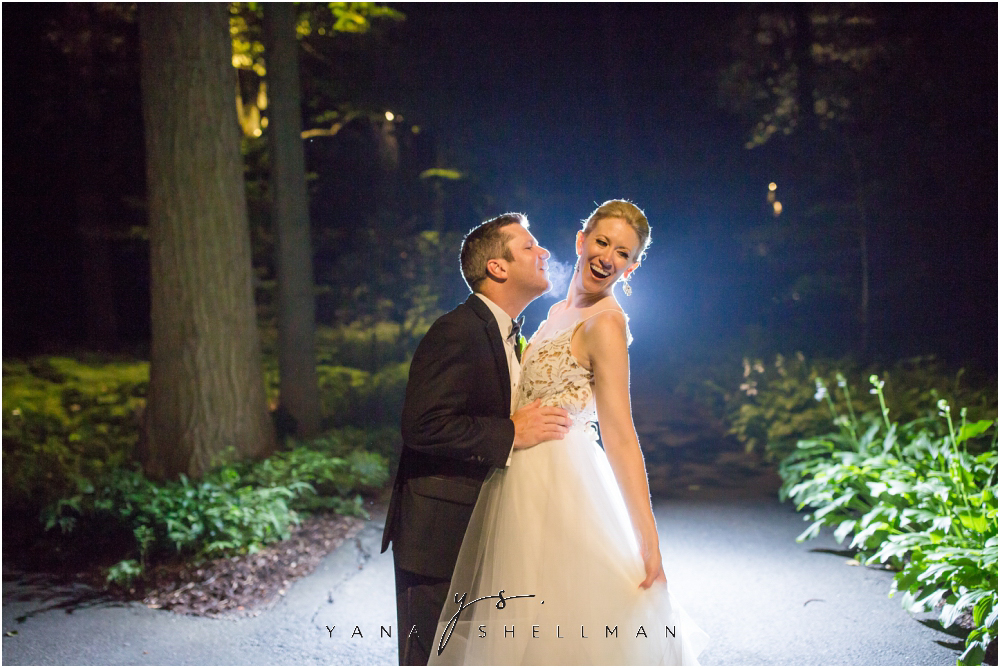 Winterthur Museum Wedding capture by the best Atlantic City Wedding Photographers - Carie+Kevin Wedding Photos