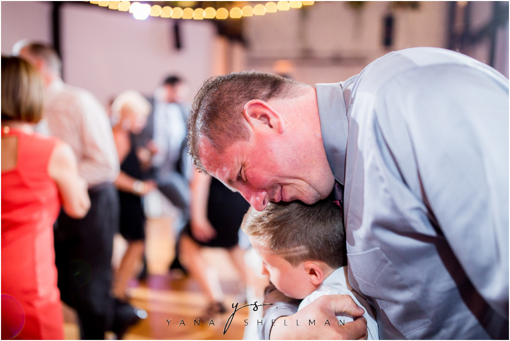 2424 Studios Wedding Photos captured by the best Deptford Wedding Photographers - Gina+Mike Wedding Photos