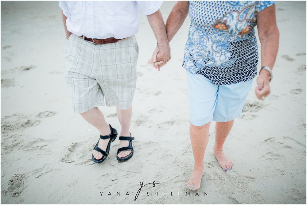 Beach Haven Family Photo Session captured by Barnegar Light LBI family Photographer - Linda+Tom Family Photos