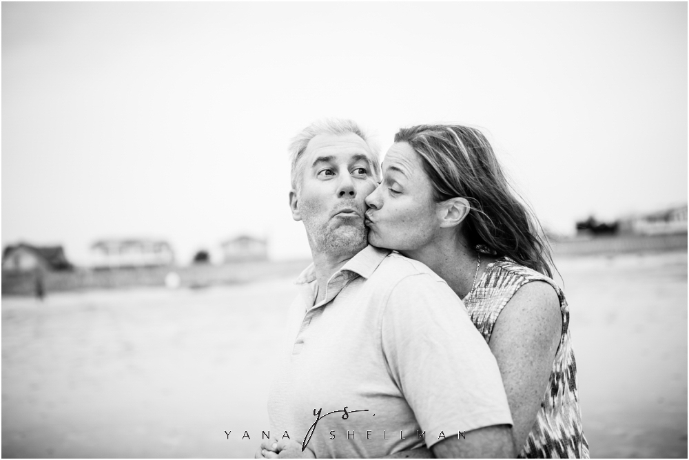 Beach Haven Family Photo Session captured by Marlton Photographer - Tom+Debra Family Photos
