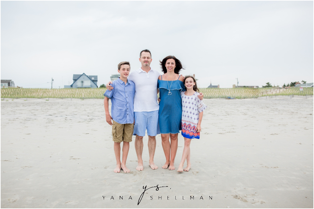 Beach Haven Family Photo Session captured by Beach Haven family Photographer - Dave+Debra Family Photos