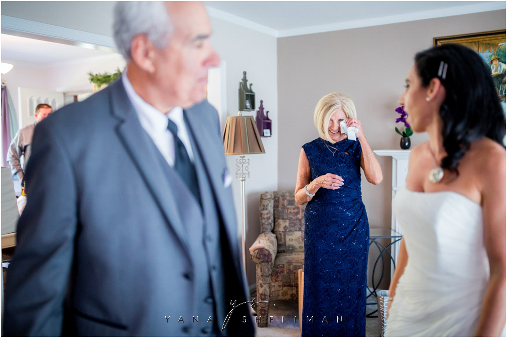 2424 Studios Wedding Photos captured by the best Cherry Hill Wedding Photographer - Gina+Mike Wedding Photos