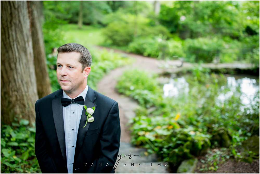 Winterthur Museum Wedding capture by the best Medford Wedding Photographers - Carie+Kevin Wedding Photos