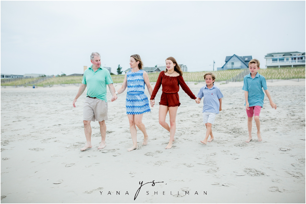 Beach Haven Family Photo Session captured by Beach Haven Photographer - Tom+Debra Family Photos