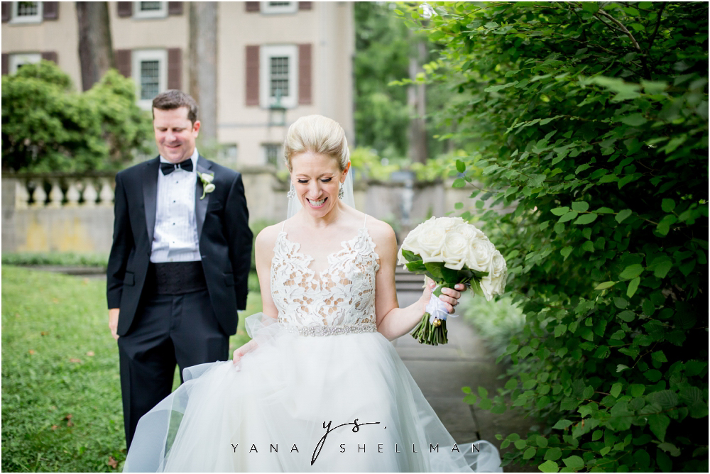 Winterthur Museum Wedding capture by the best Marlton Wedding Photographer - Carie+Kevin Wedding Photos