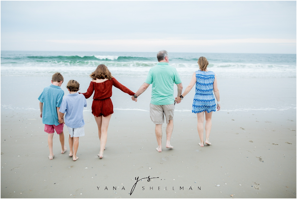 Beach Haven Family Photo Session captured by Beach Haven Photographers - Tom+Debra Family Photos