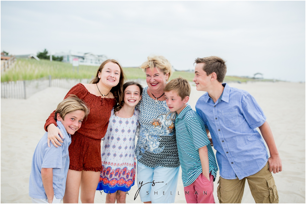 Beach Haven Family Photo Session captured by LBI family Photographers - Linda+Tom Family Photos