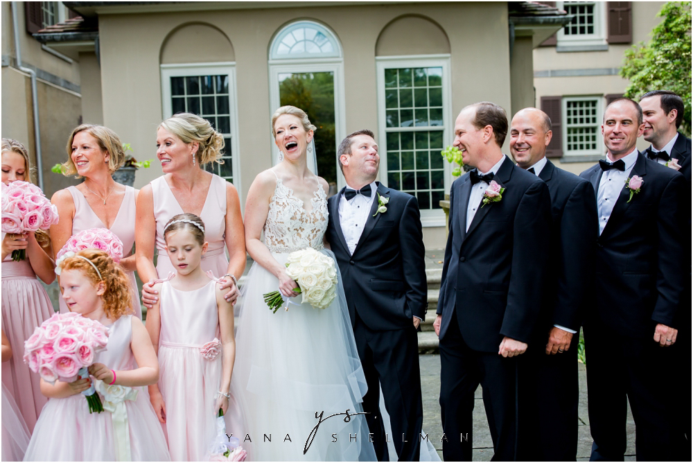 Winterthur Museum Wedding capture by Center City Philadelphia Wedding Photographers - Carie+Kevin Wedding Photos