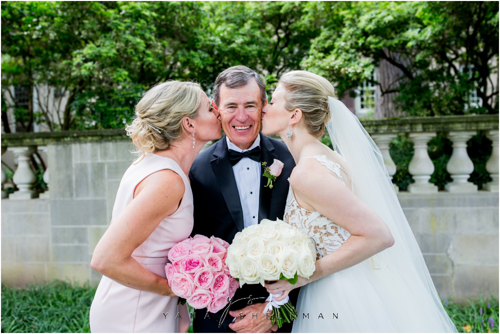 Winterthur Museum Wedding capture by Center City Philly Wedding Photographers - Carie+Kevin Wedding Photos
