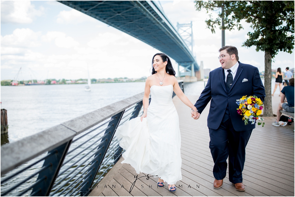 2424 Studios Wedding Photos captured by the best Medford Wedding Photographers - Gina+Mike Wedding Photos