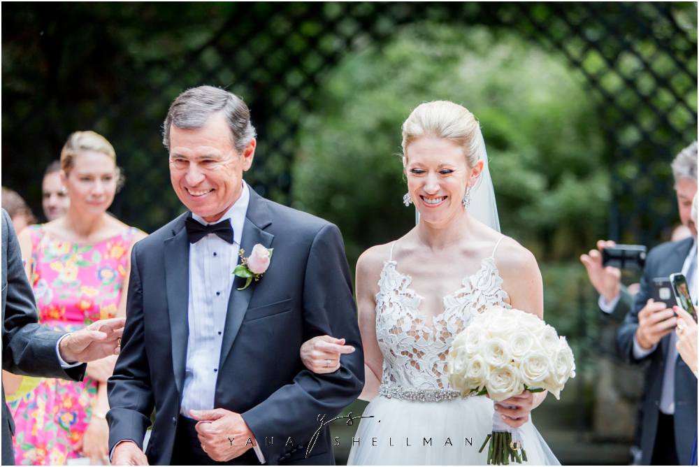 Winterthur Museum Wedding capture by the best Lambertville Wedding Photographers - Carie+Kevin Wedding Photos