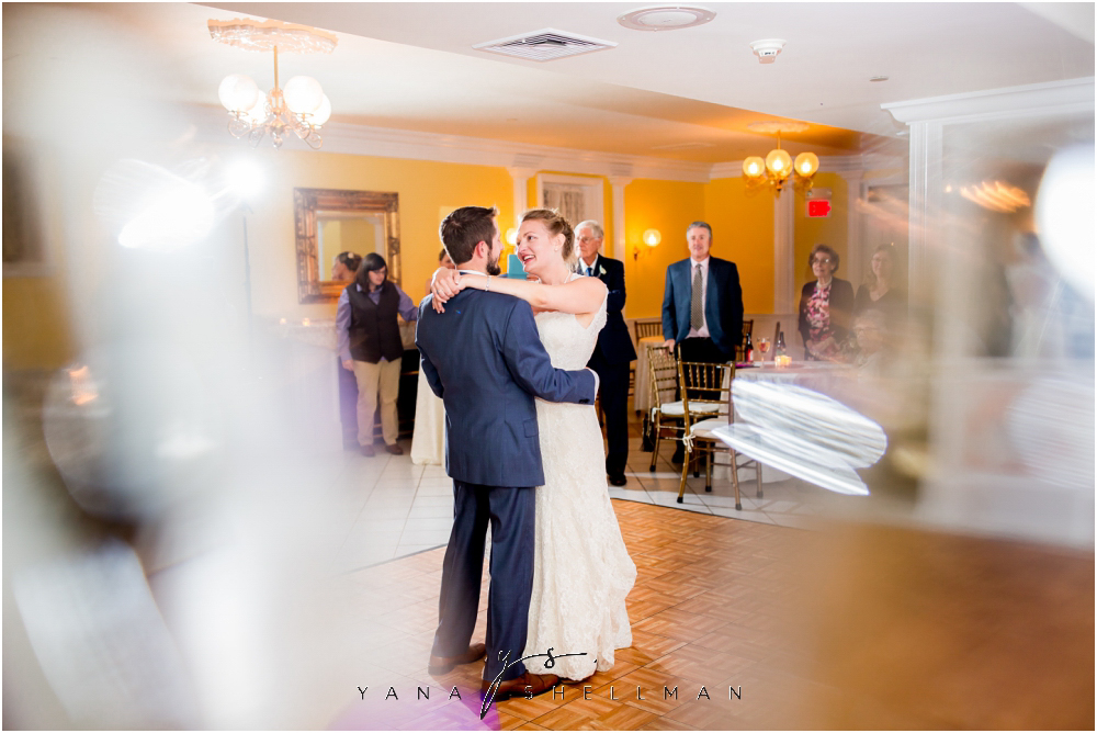 Southern Mansion Wedding Photos by Atlantic City Wedding Photographers - Kayla+Dean Wedding