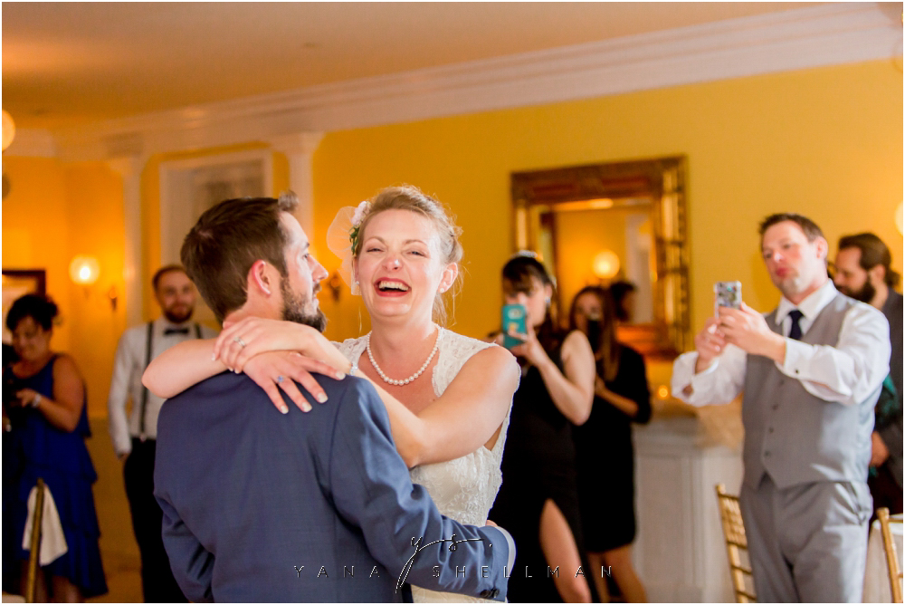 Southern Mansion Wedding Photos by Hainesport Wedding Photographer - Kayla+Dean Wedding
