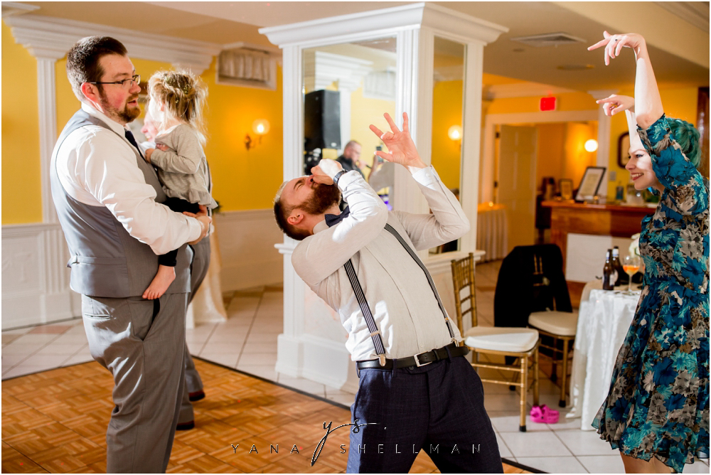 Southern Mansion Wedding Photos by the best voorhees Wedding Photographers - Kayla+Dean Wedding