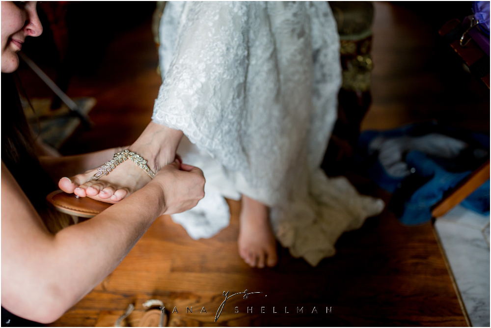 Southern Mansion Wedding Photos by the best Cape May Wedding Photographer - Kayla+Dean Wedding