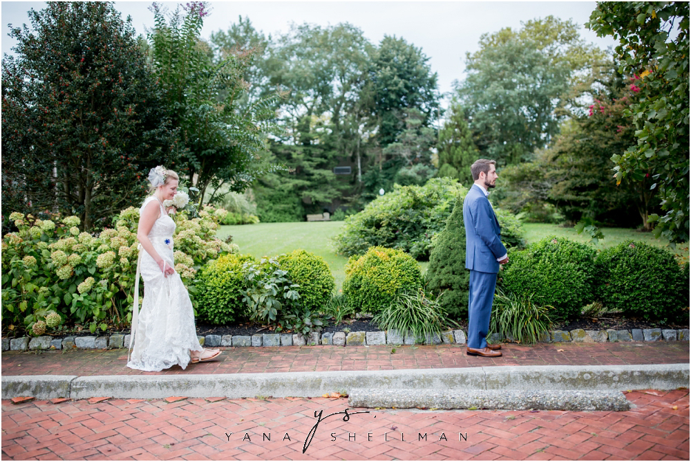 Southern Mansion Wedding Photos by the best Ocean City Wedding Photographers - Kayla+Dean Wedding