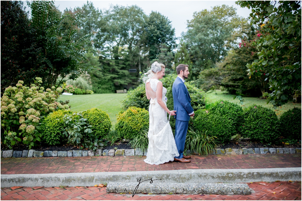 Southern Mansion Wedding Photos by Lumberton Wedding Photographer - Kayla+Dean Wedding