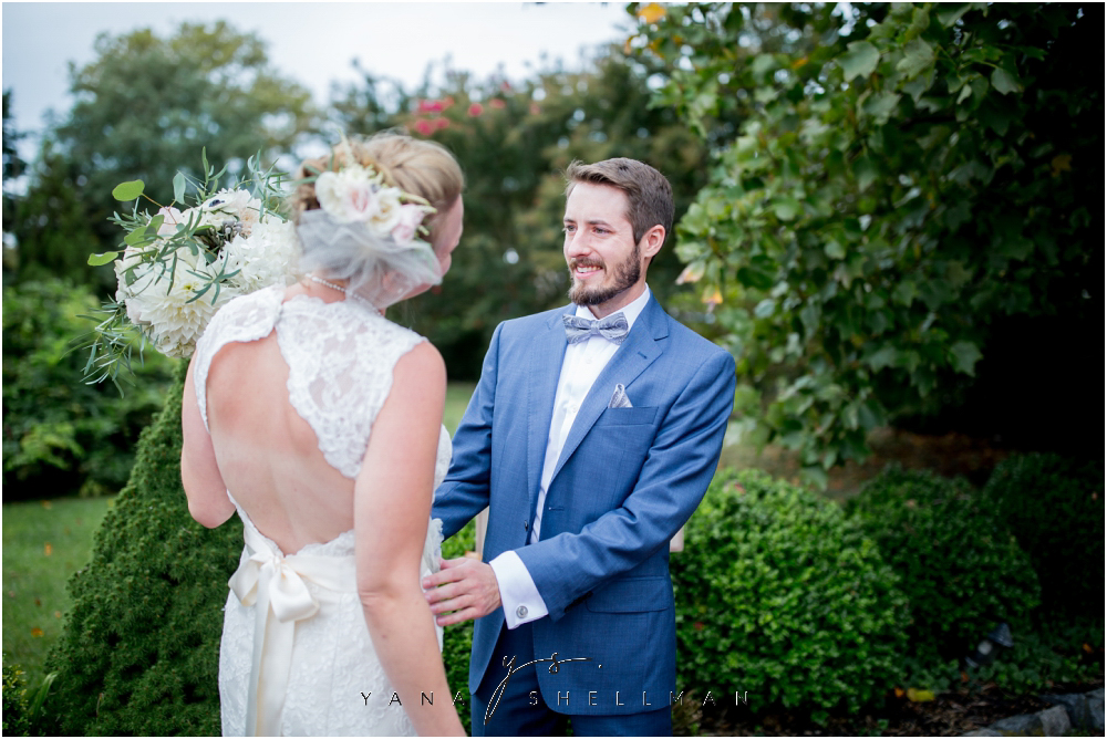 Southern Mansion Wedding Photos by Lumberton Wedding Photographers - Kayla+Dean Wedding