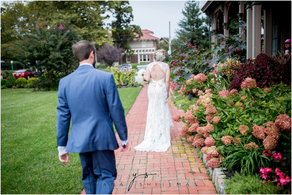 Southern Mansion Wedding Photos by the best Marlton Wedding Photographer - Kayla+Dean Wedding