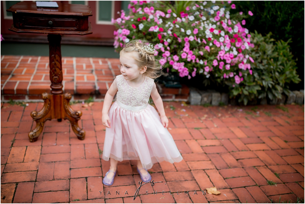 Southern Mansion Wedding Photos by the best Moorestown Wedding Photographers - Kayla+Dean Wedding