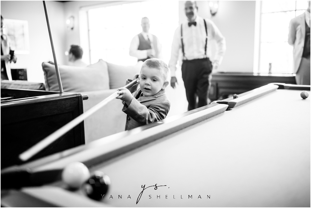 Bradford Estate Wedding Pictures by the best Delran Wedding Photographer - Laura+Jeff Wedding
