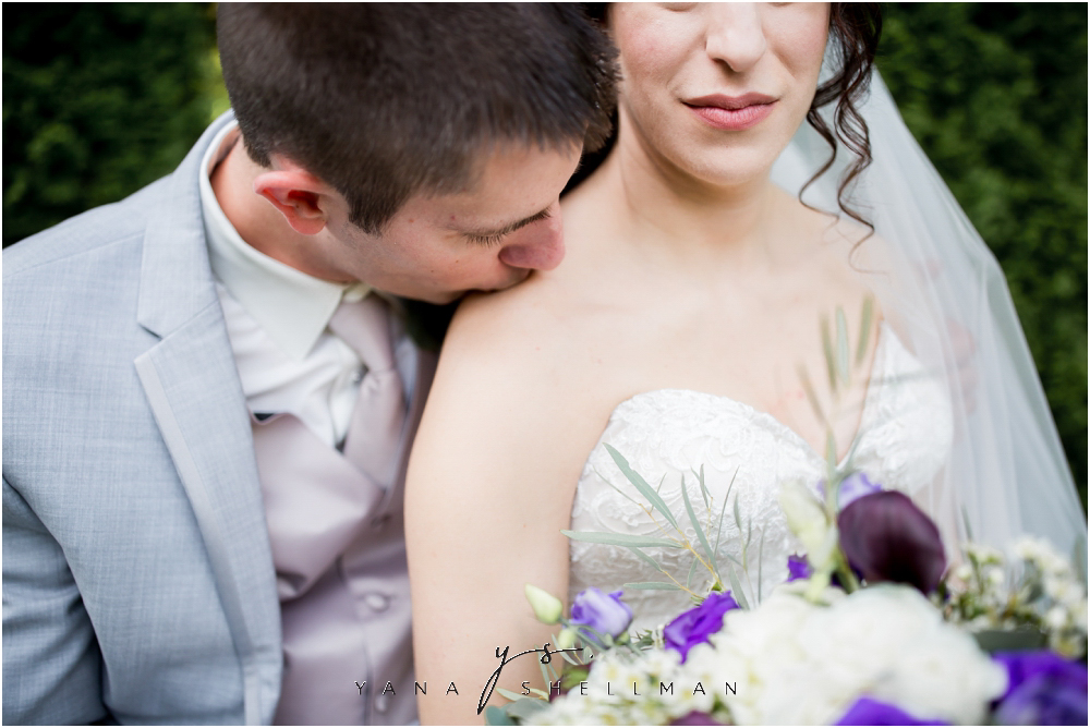 Bradford Estate Wedding Pictures by the best Philly Wedding Photographers - Laura+Jeff Wedding