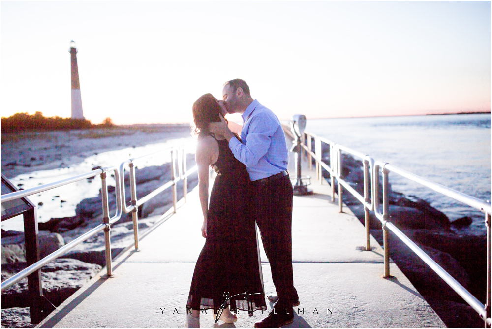 Barnegat Lighthouse Wedding Pictures By The Best Philadelphia Photographers Brittany Ben Engagement