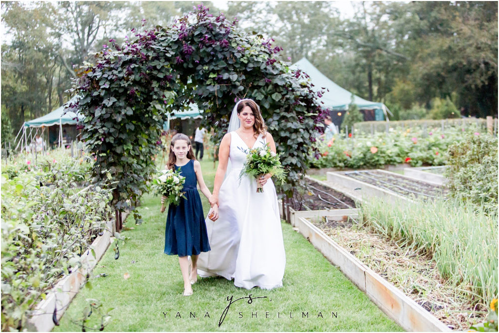 Beach Plum Farm Wedding by Jersey City Wedding Photographer - CC+Merry Wedding Pictures