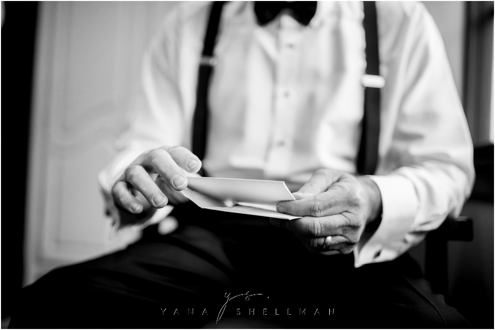 Bradford Estate Wedding Pictures by Cinnaminson Wedding Photographer - Laura+Jeff Wedding