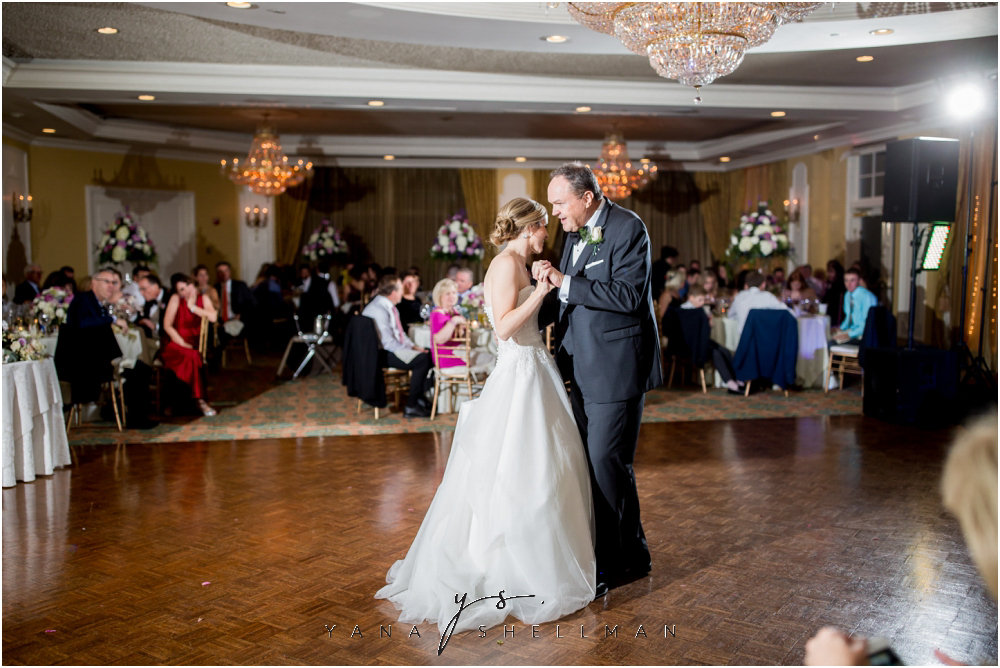 Overbrook Golf Club Wedding Pictures by New Hope Wedding Photographer - Michelle+Matt Wedding