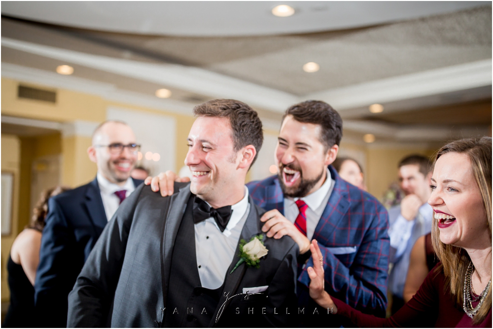 Overbrook Golf Club Wedding Pictures by the best Jersey City Wedding Photographer - Michelle+Matt Wedding