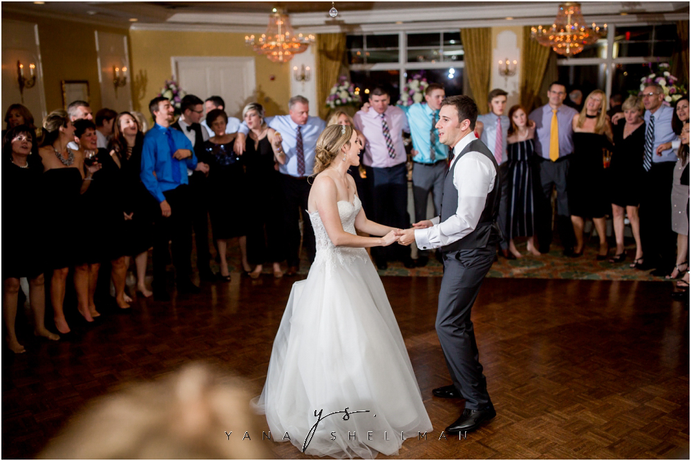 Overbrook Golf Club Wedding Pictures by the best Lumberton Wedding Photographers - Michelle+Matt Wedding