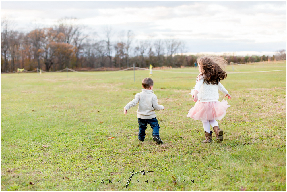Historic Smithville Park Family Photo Session by Deotford Family Photographer - Vika+Chris