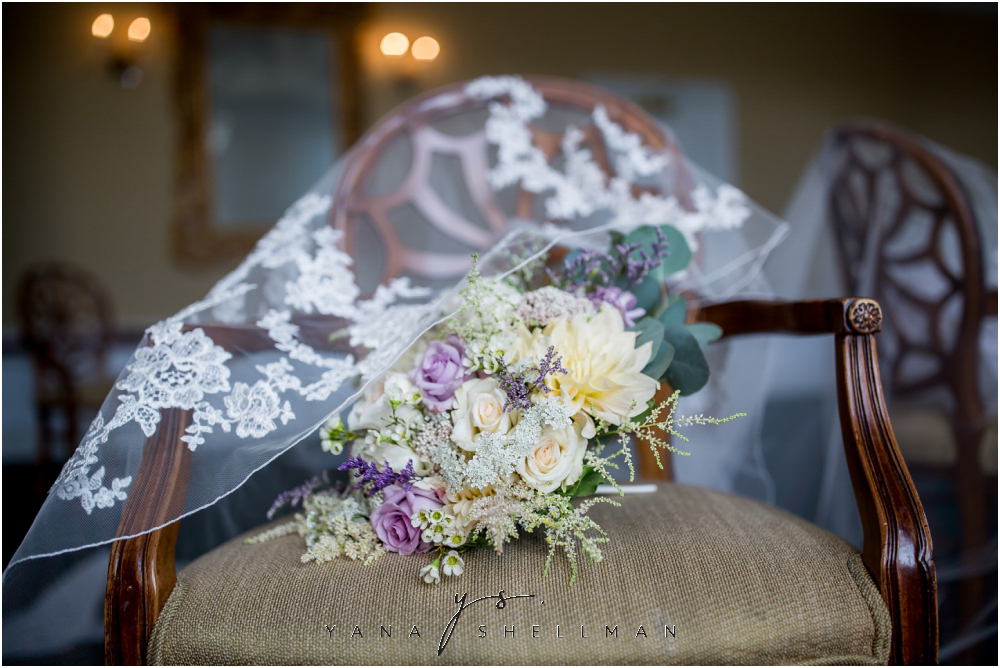 Overbrook Golf Club Wedding Pictures by the best Medford Wedding Photographers - Michelle+Matt Wedding