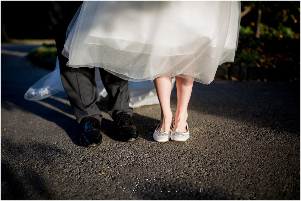Overbrook Golf Club Wedding Pictures by Medford Wedding Photographers - Michelle+Matt Wedding