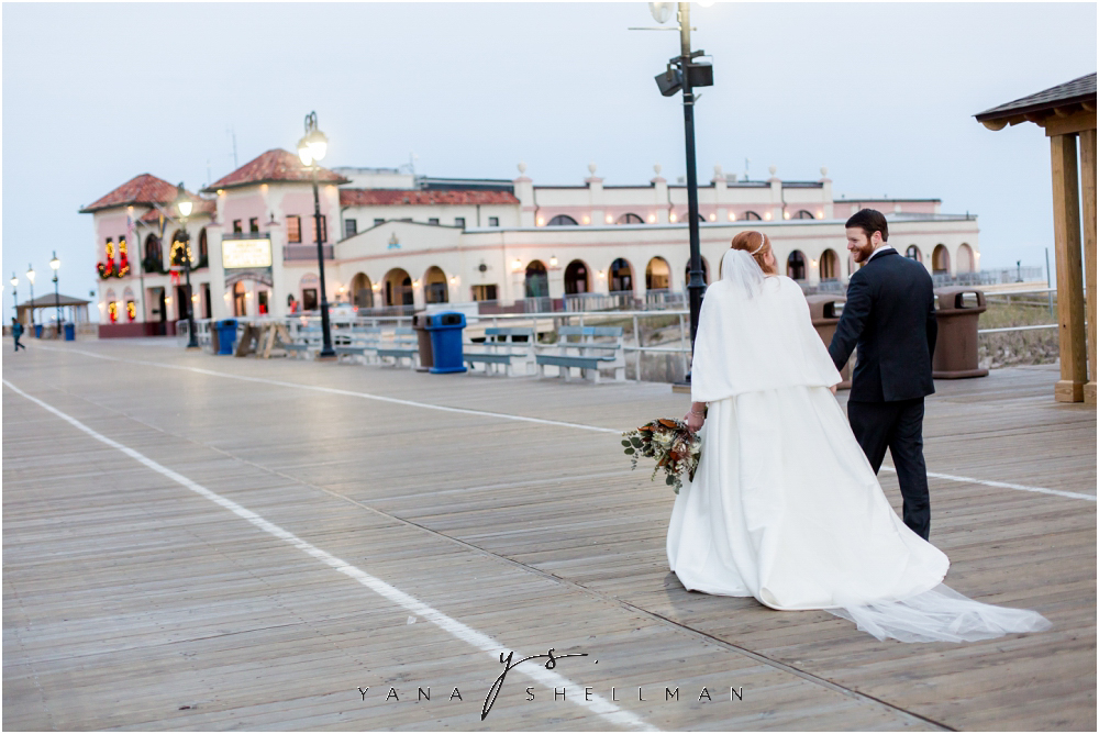 The Flanders Hotel Wedding by the best Cape May Wedding Photographers - Rachel+Frank Wedding