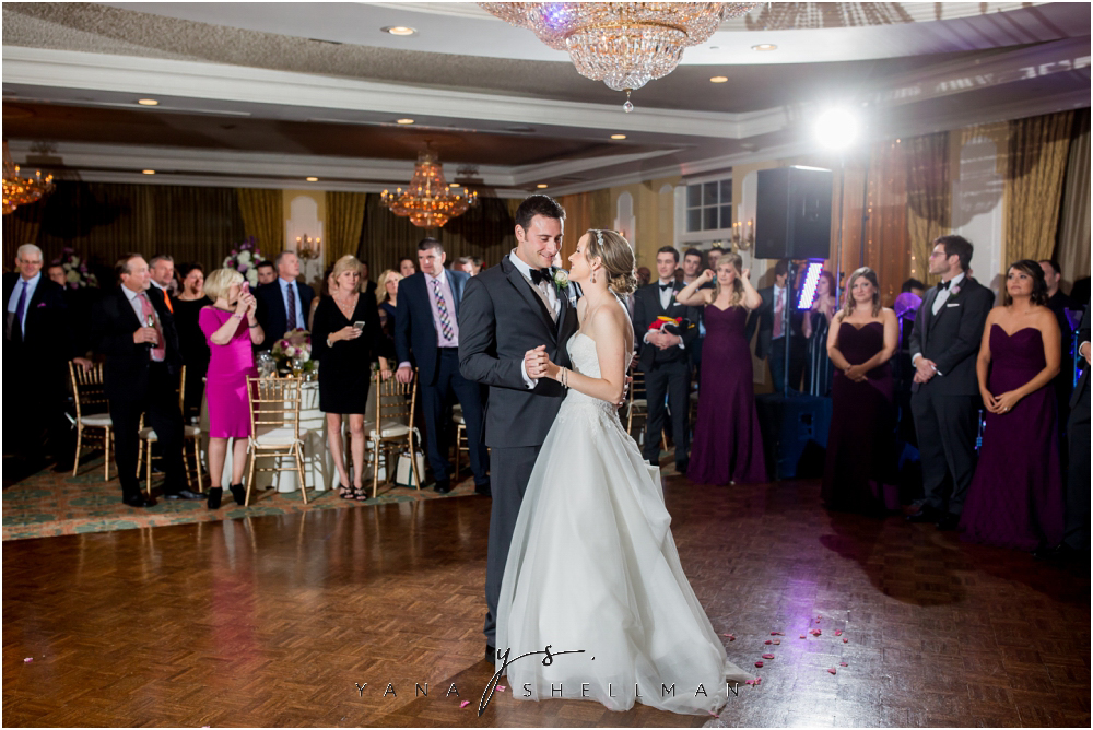 Overbrook Golf Club Wedding Pictures by North East Philly Wedding Photographer - Michelle+Matt Wedding